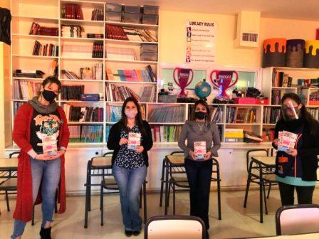 """Este lunes lanzan """"Libros como Puentes"""", un programa que acerca la literatura a las escuelas"""